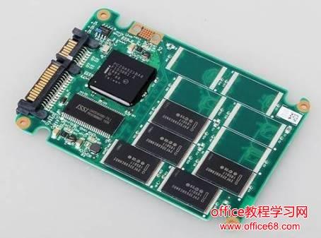 固态硬盘SSD图片